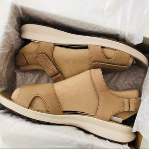 Clarks Shoes - Clark's Unstructured Un Adorn Calm Sandal